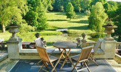 Envie de vous lancer dans le domaine de l'hôtellerie de plein air ?